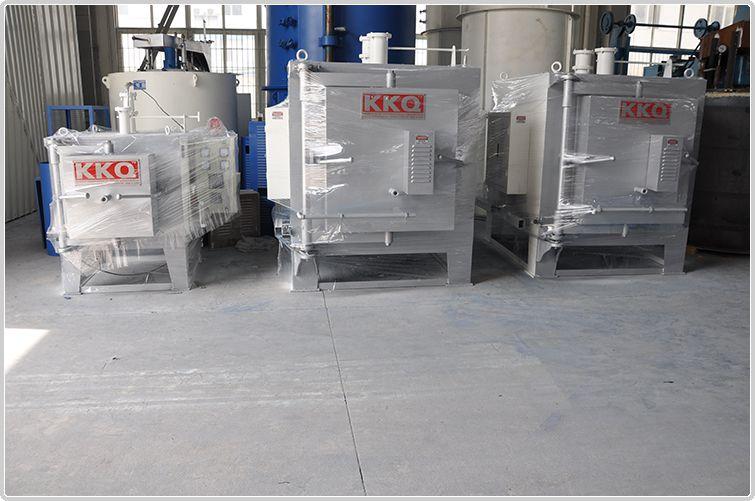 氮气保护井式回火炉
