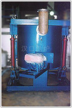 燃气坩锅熔铝炉